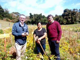 Científico español visita Chile interesado en desarrollar trabajos conjuntos con el INIA en Chiloé